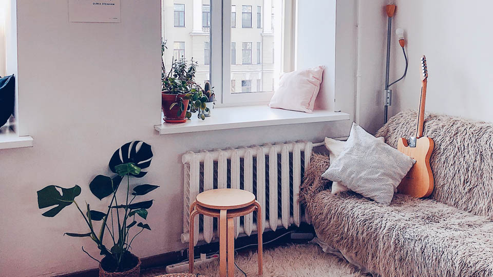 Cosy apartment with different styles put together, living together and sharing the rent?