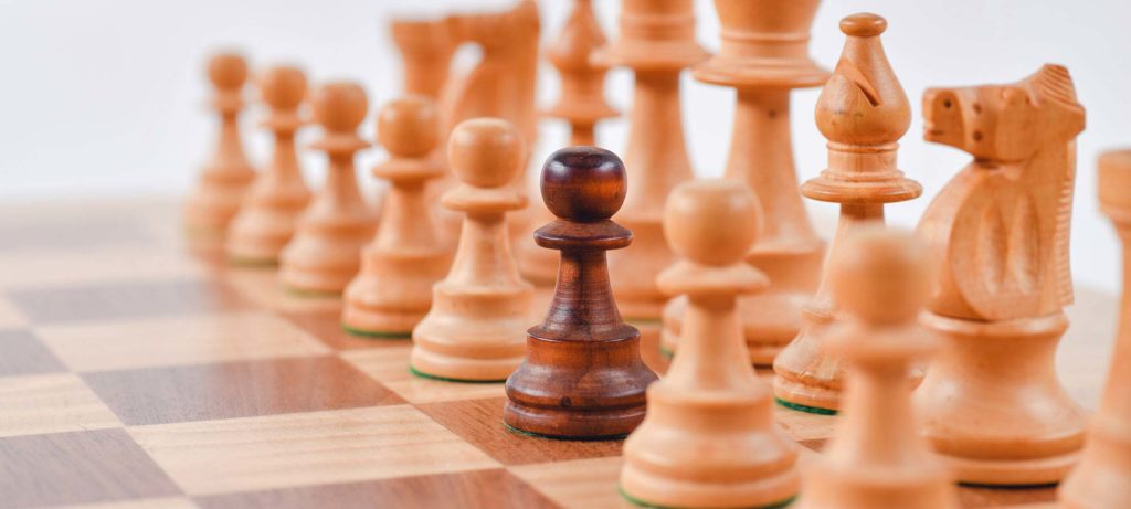 Selective focus photography of chess pieces, how to rent faster than your competitors