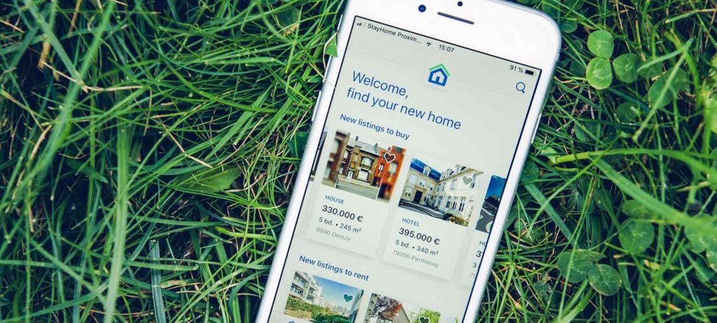 Verkoop je best eerst je woning voor je een andere koopt? Of is het beter om eerst te kopen, en dan pas te verkopen?