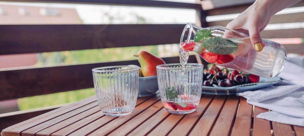 aperitif en terrasse, astuces pour garder son intérieur frais